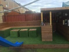 When my daughter wanted a party in the garden for her birthday I said I d bring some wood pallets home from work to build a garden bar for her birthday party pallets palletwood garden palletbar bar diy woodworking recycled # Outdoor Garden Bar, Garden Bar Shed, Outdoor Pallet Bar, Diy Outdoor Table, Backyard Bar, Outdoor Decor, Outdoor Bars, Party Garden, Diy Pallet Furniture