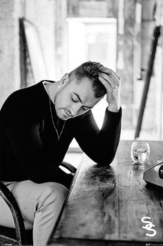 Sam Smith - Official Poster. Official Merchandise. Size: 61cm x 91.5cm. FREE SHIPPING