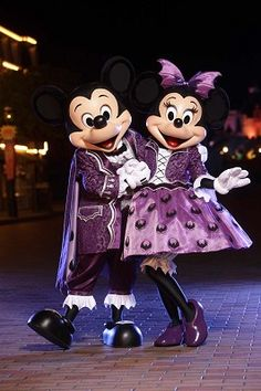 Disneyland Halloween ~ Mickey & Minnie