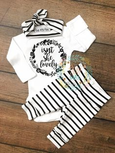 Is not she Lovely Thin Stripe Newborn Outfit? Isn't she Lovely Newborn Outfit - Unique Baby Outfits The Babys, Baby Kind, My Baby Girl, Baby Girl Onesie, Baby On The Way, Baby Sister, Outfits Niños, Kids Outfits, Fall Outfits