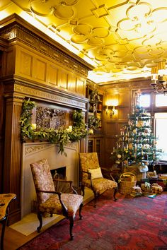 Pittock Mansion's holiday decorations are open for viewing (photos) Victorian Christmas, Christmas Home, Christmas Decor, West Hills, Take Five, Event Guide, Downtown Portland, Parks And Recreation, Volunteers