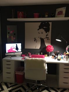 Office & Makeup Room