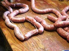 Domácí klobásy - vázání Sausage Recipes, Meat, Cooking, Food, Kitchen, Eten, Meals, Cuisine, Diet