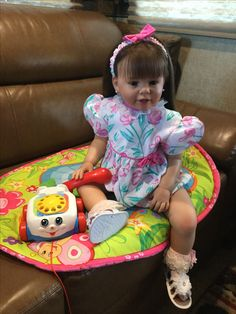Skylar Nicole toddler reborn Life Like Baby Dolls, Life Like Babies, Real Baby Dolls, Realistic Baby Dolls, Cute Baby Dolls, Cute Babies, Reborn Child, Reborn Toddler Dolls, Child Doll