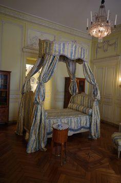 Hôtel de Lalande, Bordeaux : Chambre Jonquille   Musée des Arts décoratifs et du Design, Bordeaux