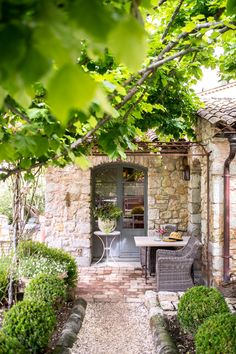 Les Rosees Mougins France x Stacie Outdoor Rooms, Outdoor Living, Outdoor Decor, Outdoor Patios, Outdoor Kitchens, Provence, French Courtyard, French Patio, Garden Cottage