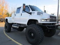 1 of a kind MONSTER LIFTED CHEVY KODIAK 4500 4X4 *34k miles*, ...