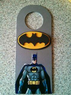 Cuelga puertas de Batman,para mi sobrino.