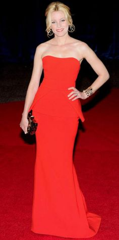 Look of the Day › April 30, 2012 WHAT SHE WORE Banks sizzled in a red Antonio Berardi gown and gold accessories including Bulgari's diamond jewelry and enamel clutch at the Washington bash.