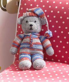 Sweet Dreams Teddy crochet FREE pattern, UK.  Thanks so xox ☆ ★   https://www.pinterest.com/peacefuldoves/