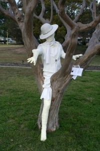 Jumpers and Jazz in July---Warwick QLD Australia exhibition of yarn bombed trees and buildings going on right now.  Check out this yarn creature by  Ellen Donges & Marinda Betts, Warwick State High School.