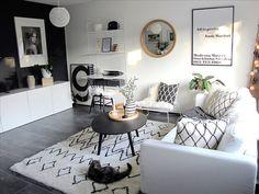Kompaktin kodin mustavalkoinen olohuone Apartment Living, Living Rooms, White Houses, My Dream Home, Modern Decor, Sweet Home, Interior Design, Interior Ideas, House Design