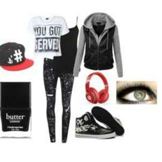 Skater girl outfit. Red and black so cute  !  :D