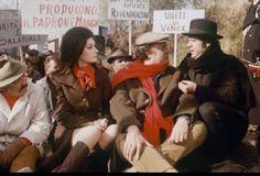 http://cortoin.screenweek.it/multimedia/2010/02/Edwige-Fenech-Renato-Malavasi-Franco-Franchi.jpg