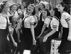 Soon after signing13-year-old Judy Garland to a film contract, MGM cast her in the musical 'Everybody Sing' to showcase her talents. (© Bettmann/CORBIS)