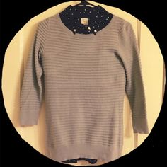 Banana Republic Sweater Side walk grey rope stitch crew neck sweater with 3/4 inch sleeves. 90% cotton 10% nylon. Banana Republic Sweaters Crew & Scoop Necks