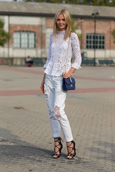 Street Style: Milan Fashion Week Spring 2014 - Jessica Stein with Valentino bag, lace peplum Street Style Jeans, Street Style Chic, Milan Fashion Week Street Style, Looks Street Style, Spring Street Style, Denim Style, Denim Fashion, Fashion Models, Fashion Trends