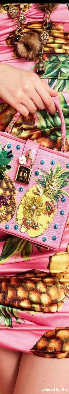 Dolce   Gabbana Spring Summer 2017 l Ria c0de8b0167f49