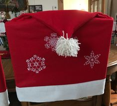 Christmas-themed Chair Covers with Snowflake embroidery - Advanced Embroidery Designs Snowflake Embroidery, Christmas Embroidery, Advanced Embroidery, Free Machine Embroidery Designs, Chair Covers, Christmas Themes, Free Design, Snowflakes, Blanket