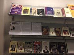 Con motivo de la celebración de la Semana del Orgullo Gay (Madrid, del 23 de junio al 2 de julio) en uno de los expositores de la 1ª planta de la Biblioteca podéis encontrar una amplia selección de obras literarias en las que la homosexualidad es la protagonista.