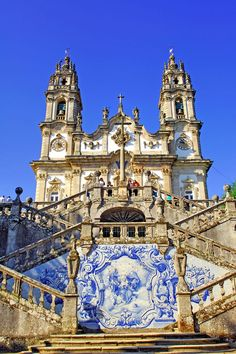 Online shopping for Books from a great selection of Europe United States Refer Douro Portugal, Visit Portugal, Spain And Portugal, Portugal Travel, Visit Porto, Places To Travel, Places To Visit, Portuguese Culture, Baroque Architecture