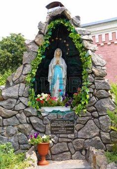 Imagem Relacionada Grotto Design, Indoor Fountain, Holy Mary, Garden  Statues, Garden Sculpture
