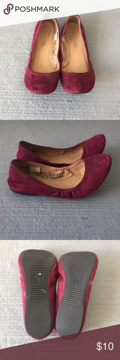 Purple/Red Mossimo Supply Co. flats size 5.5 These Mossimo flats are super comfy! They are previously loved and show signs of wear but still have some life left in them. The color is a purplish burgundy. I have the same pair in a cute stripe pattern in my closet...bundle to save! Mossimo Supply Co. Shoes Flats & Loafers