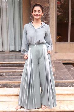 Alia Bhatt, Kriti Sanon, Taapsee Pannu, Bhumi Pednekar snapped in Juhu - entertainment Indian Gowns Dresses, Indian Fashion Dresses, Indian Designer Outfits, Indian Outfits, Fashion Outfits, Casual Indian Fashion, Women's Fashion, Stylish Dress Designs, Designs For Dresses