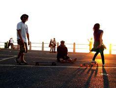 Skating - Sea Point esplanade Kaapstad Cape Town, Skateboarding, All Over The World, Skating, South Africa, Wanderlust, Sea, Roller Blading, Skateboard