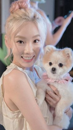 Oh my god! This is the cutest and most precious thing I have ever laid eyes on!!! My beautiful Taengoo and an adorable dog!