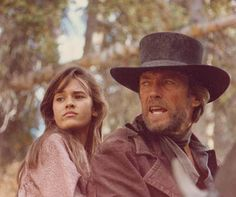 Sydney Penny in Pale Rider with clint eastwood ~ This was a GREAT MOVIE and Sydney was Jaw-Dropping Gorgeous! Richard Chamberlain, Jean Simmons, Christopher Plummer, Beverly Hills 90210, Clint Eastwood, Sophia Loren, Sydney Penny, John Dwayne, La Force Du Destin