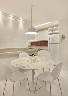 Apartamento Humberto de Campos / Ricardo Melo e Rodrigo Passos