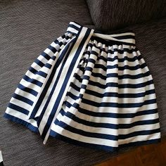 Most current Free of Charge sewing dresses for little girls Suggestions Glockenrock, Streifenmuster, Blau-weiß, Blockstreifen, DIY Make Your Own Clothes, Diy Clothes, Clothing Patterns, Dress Patterns, Pattern Skirt, Stripe Pattern, Kids Clothing, Diy Fashion, Ideias Fashion