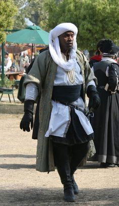 by PilgrimSoul on DeviantArt Armor Clothing, Medieval Clothing, Historical Costume, Historical Clothing, Larp, Mens Garb, Steampunk Men, Fantasy Armor, Medieval Fantasy
