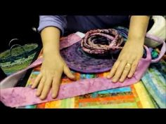 Bag Tutorial from Carol McLeod of Aunties Two.  Neat video!