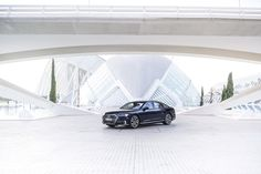 According to a statement at a recent shareholders meeting, an uber-luxurious version of the Audi has officially been confirmed. Luxury Car Brands, Luxury Cars, My Dream Car, Dream Cars, Used Bentley, Vw Group, Volkswagen Group, Mercedes Maybach, Head Start