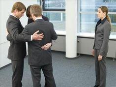 Las mujeres brillantes en entornos masculinos son carne de cañón del acoso laboral http://www.guiasdemujer.es/st/uncategorized/Las-mujeres-brillantes-en-entornos-masculinos-son-carne-de-canon-del-a-4998