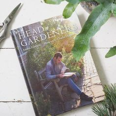 Just posted to the blog a review of this wonderful book on 14 head gardeners in 13 of the UK's top gardens (yes one of the gardens has two head gardeners!). Beautifully written by Ambra Edwards you may have seen some of the fantastic photography by @charlie_hopkinson_photographer already in your Instagram feeds. It's definitely worth getting hold of a copy if you're interested in the personalities behind the scenes in some of our most loved gardens. Link in bio. #bookreview #gardeningbooks…