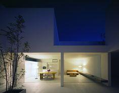 ホワイトで統一された美しすぎる端正なミニマルハウス - The Arch Design