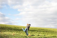 Lifestyle Photography, Husband and Wife posing, Outdoor Photography, Family Photography