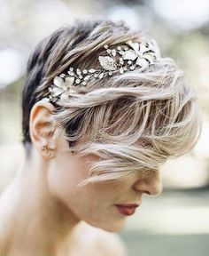 short+wedding+hairstyles+for+curly+hair+-+short+wedding+hairstyle