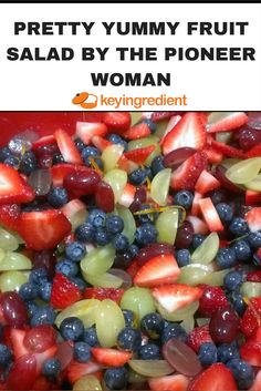 Pretty Yummy Fruit Salad by The Pioneer Woman Recipe Pretty Yummy Fruit Salad b. - Pretty Yummy Fruit Salad by The Pioneer Woman Recipe Pretty Yummy Fruit Salad by Pioneer Woman Key - Fruit Salad Pioneer Woman, Food Network Recipes, Cooking Recipes, Kitchen Recipes, Cooking Ideas, Taco Salat, Fruit Salad Recipes, Jello Salads, Food Salad