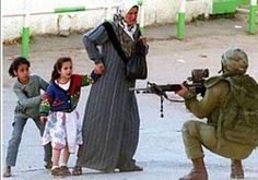 Free Palestine Mother And Her Children Goted By Israeli Sol Rs Augen Apartheid