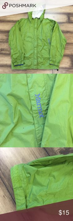 Marmot PreCip Jacket Marmot PreCip Jacket. Waterproof, wind resistant and is incredibly breathable. Lightweight jacket compresses down. Pit zips. Fully adjustable hood rolls up and stores away inside the collar when not needed. Zippered hand pockets. Women's size medium in ok condition. Marmot Jackets & Coats