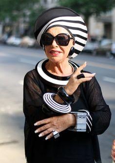 18 Fabulous Style Tips From SeniorCitizens  Statement jewelry, statement glasses, statement hair. Statement everything!