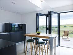 Looe Project | Sapphire Spaces