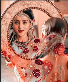 Radha Krishna Songs, Radha Krishna Pictures, Krishna Photos, Cute Girl Photo, Girl Photo Poses, Attractive Wallpapers, Shiva Shankar, Baby Girl Images, Radha Krishna Wallpaper