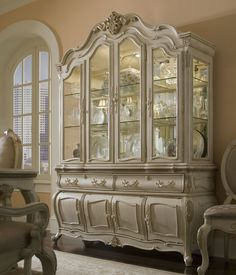 Lavelle China and Buffet Cabinet by Michael Amini at Hudson's Furniture Shabby Chic Furniture, Dining Room Furniture, Painted Furniture, Home Furniture, Sectional Furniture, China Buffet, Buffet Cabinet, Wood Sideboard, Home Kitchens