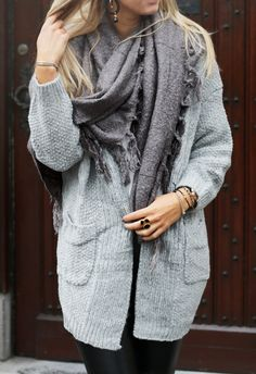 Grey knitted cardigan with grey scarf, winterlook, street style, style  - available via www.my-jewellery.com | #cardigan #leather #jewelry #outfit #streetstyle #myjewellery