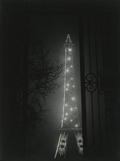 The Eiffel Tower, 1925